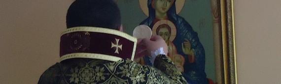 Armenios celebran Navidad en enero